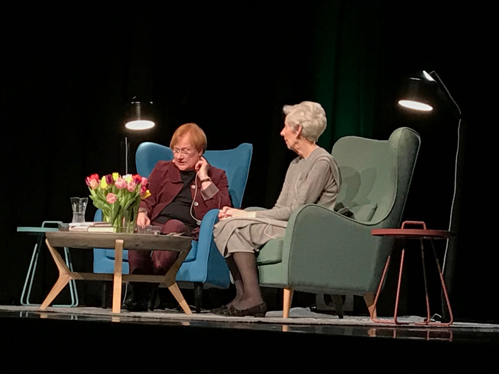Tarja Halonen ja Tellervo Koivisto. Kuva: Tanja Holmberg